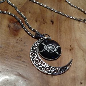 Jewelry - Triple moon goddess glass charm